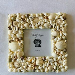 Seashells picture frame. Fits 4x4 pic.